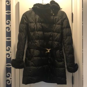 Down coat with hood & belt